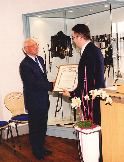 Appointment of Prof. Dr. Wilfried Dotzauer as honorary member 2005